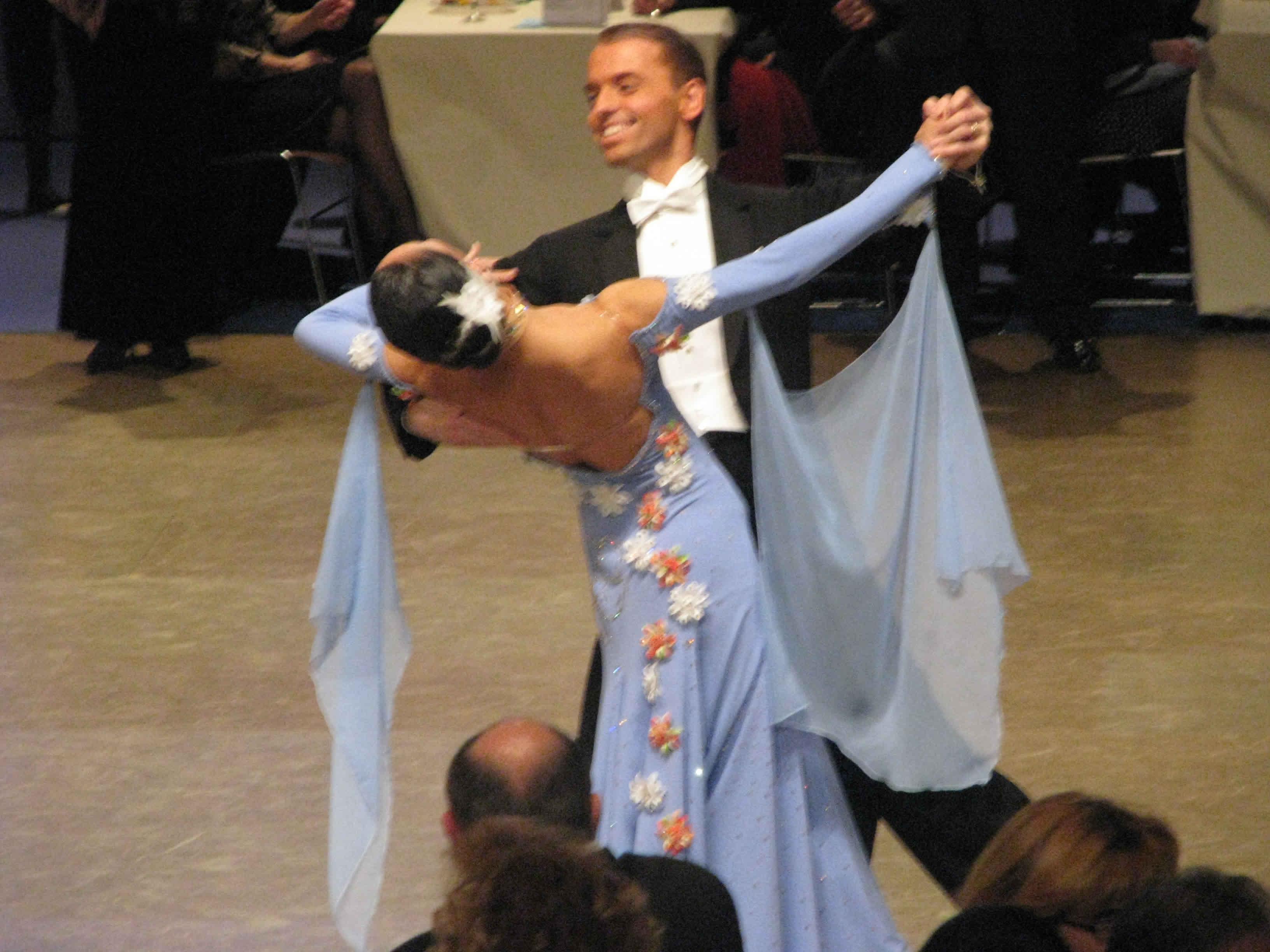 Centre de danse clanet toulouse salle de danse toulouse - Danse de salon paris ...